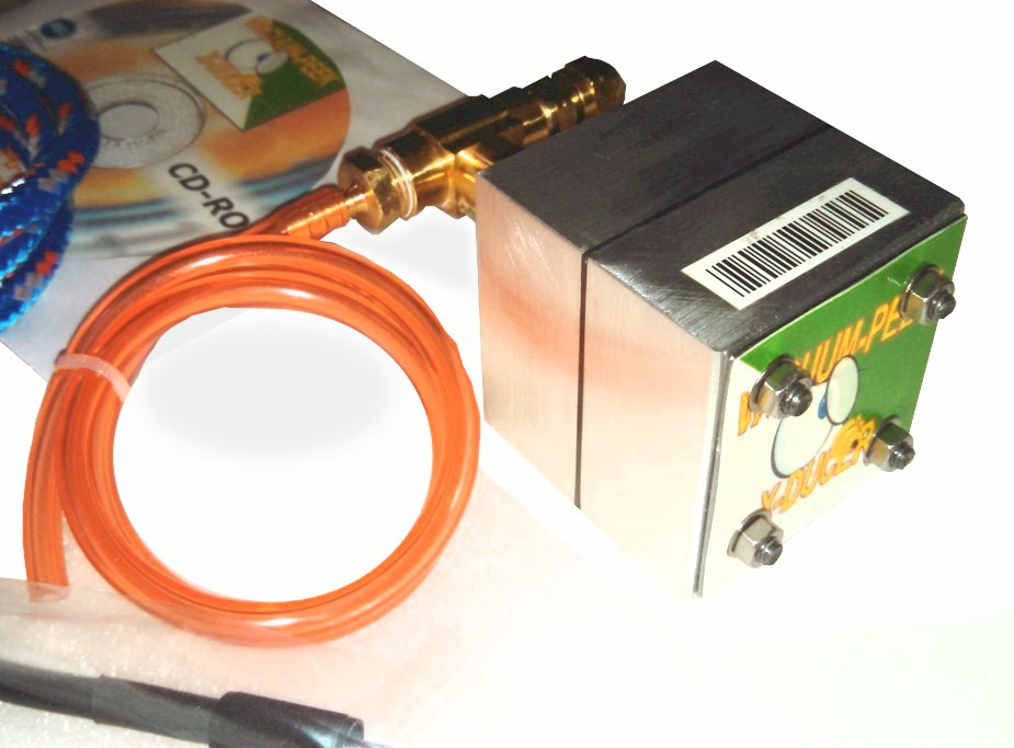 http://www.autodiagnosticsandpublishing.com/automotive_vacuum_transducer_files/Automotive_Scope_1_Vacuum_Transducer_3.jpg